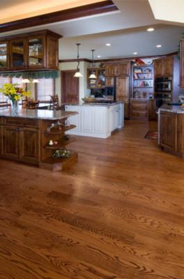 Select Red Oak Medium Stain Hardwood Flooring