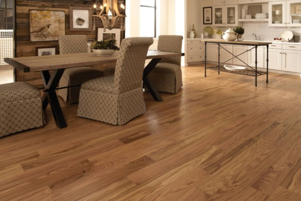 Classic Collection Natural Red Oak Room Hardwood Flooring